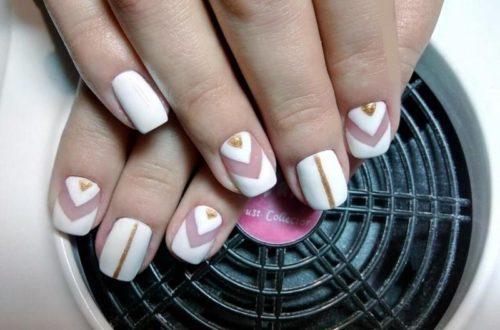 Лак для ногтей белого цвета