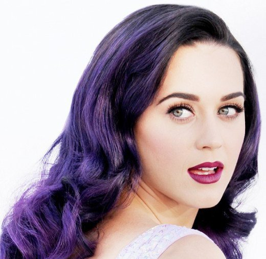 Кому подойдет фиолетовый цвет волос