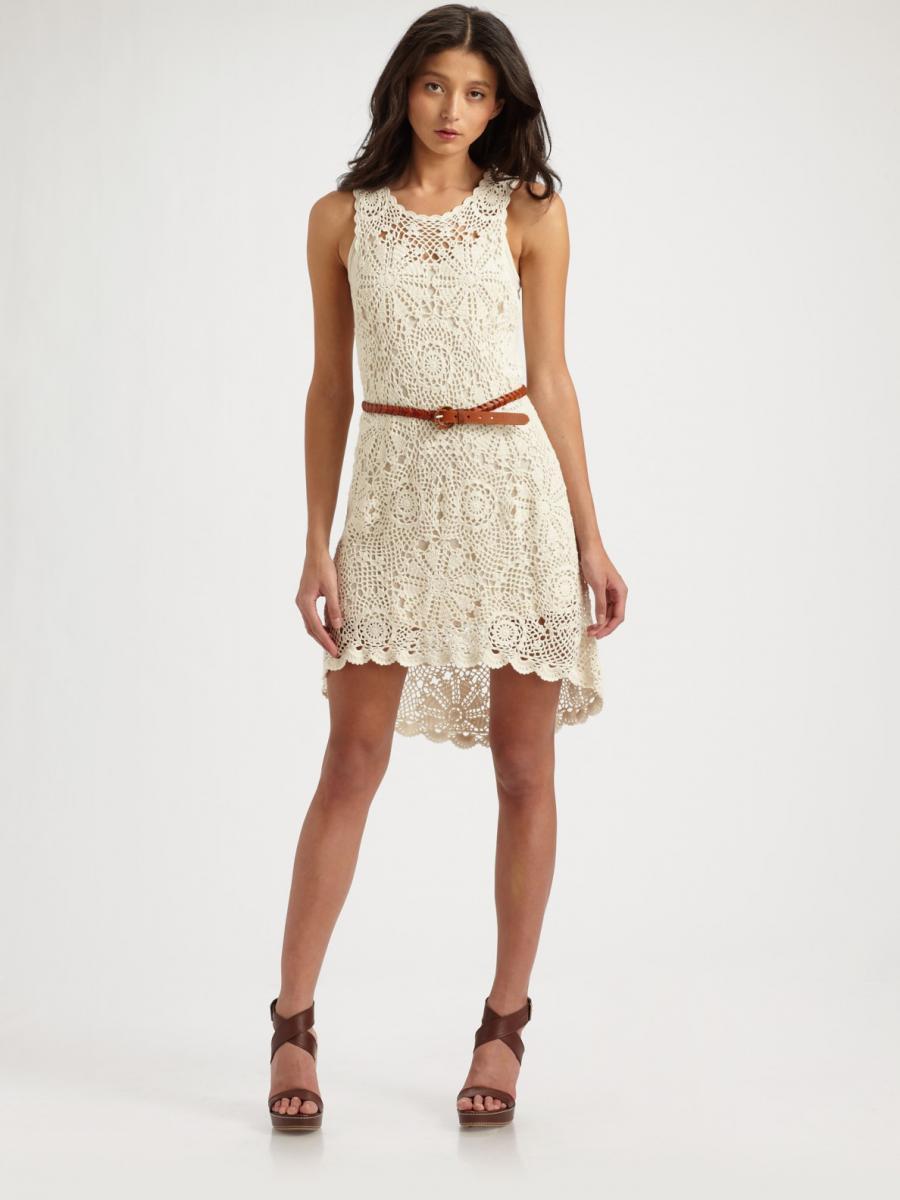 ca44dd86a9c20d8 Летнее вязаное платье самодостаточно и не нуждается в дополнительном  декорировании, хватит и замысловатых расписных узоров. Платье может быть  цветным, ...