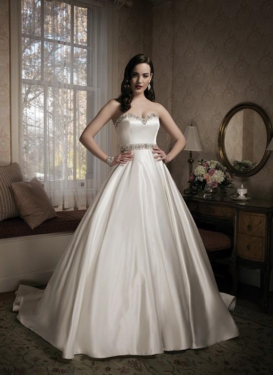 Шелковое платье на свадьбу