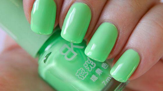 zelenyi-manicure-002.jpg