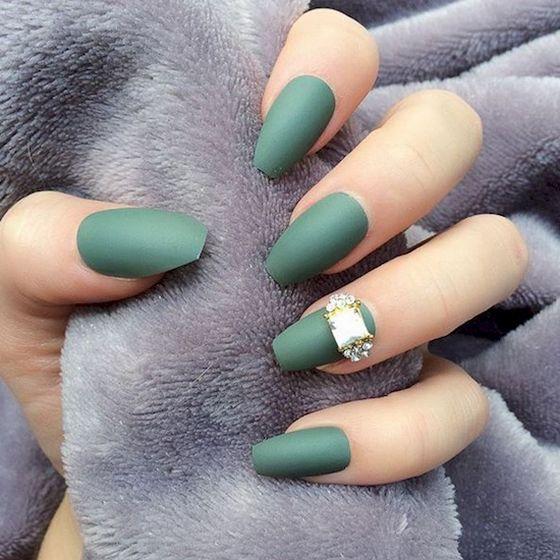 zelenyi-manicure-004.jpg