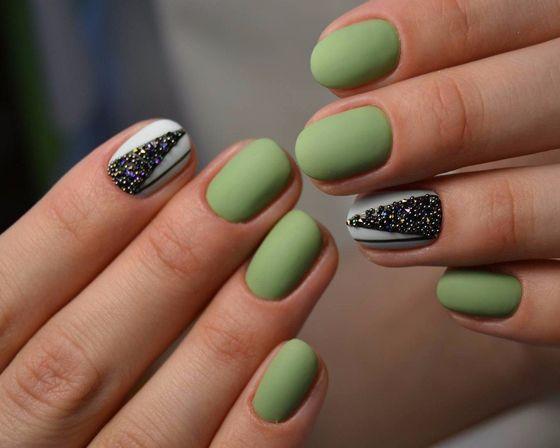 zelenyi-manicure-021.jpg