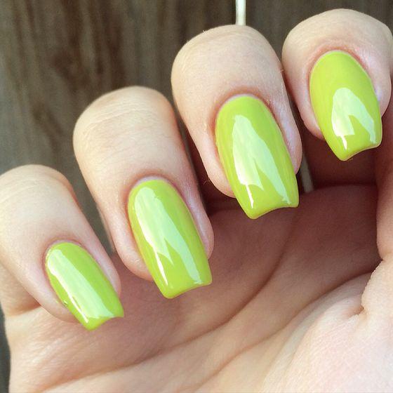 zelenyi-manicure-036.jpg