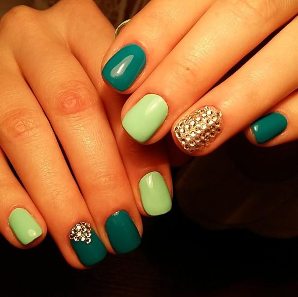 zelenyi-manicure-073.jpg