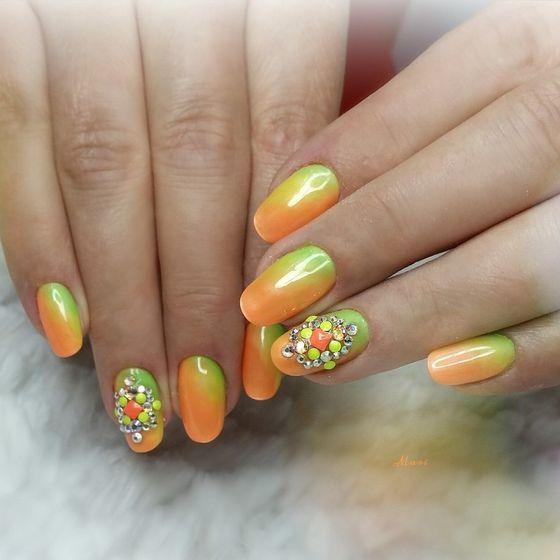 zelenyi-manicure-150.jpg